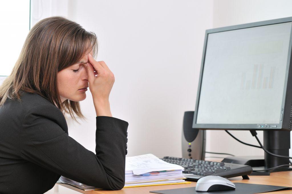 mencegah mata lelah akibat komputer
