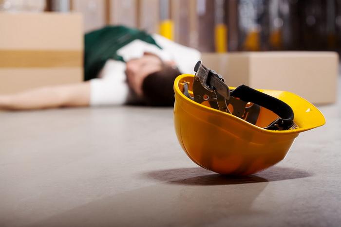penyebab kecelakaan kerja faktor manusia